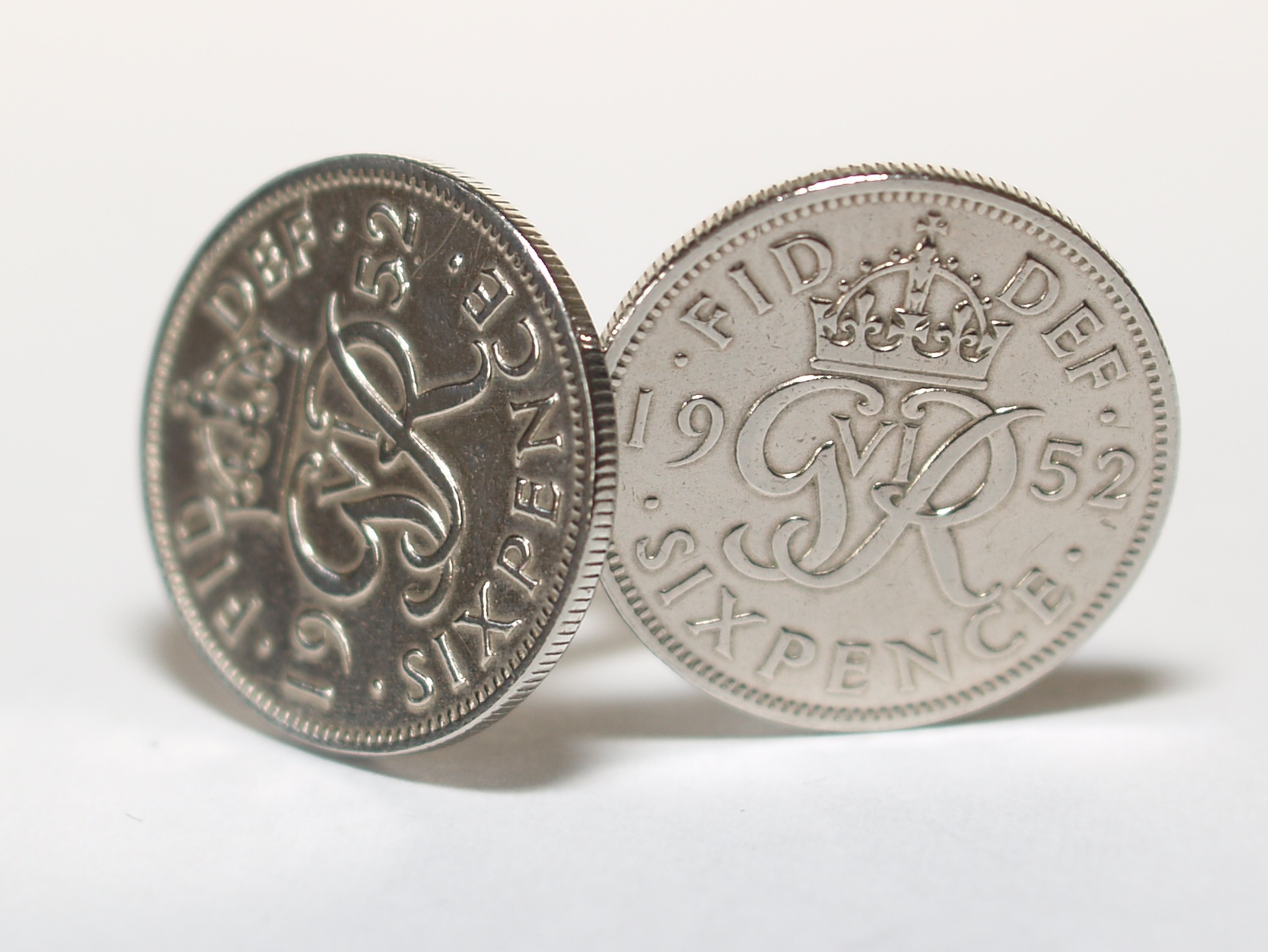 Sixpence for luck 1952 68th Birthday Cufflinks - WOW great gift - Cufflink box